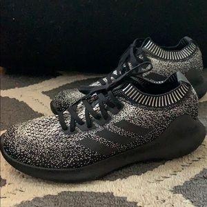 Adidas • Pure Bounce